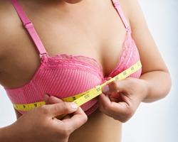 What is the average breast size?